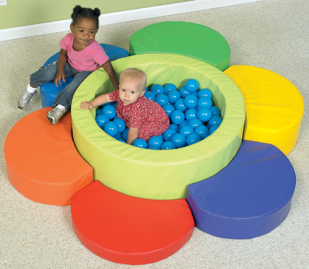 The Children's Factory Flower Petal Ball Pool