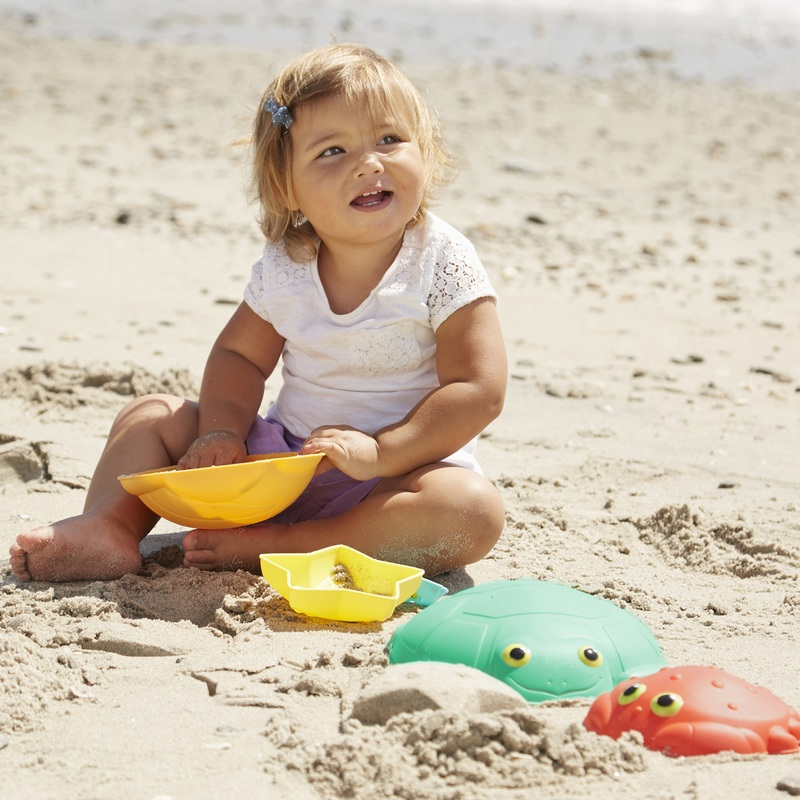 Seaside Sidekicks Sand-Molding Set: 2+ Years