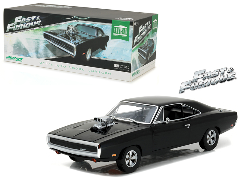 "Dom\'s 1970 Dodge Charger ""The Fast and the Furious\"" (2001) Movie Artisan Collection 1/18 Diecast Model Car by Greenlight"