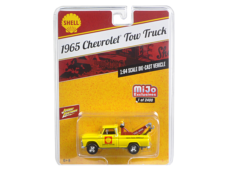 "1965 Chevrolet Tow Truck ""Shell\"" Yellow 1/64 Diecast Model Car by Johnny Lightning"