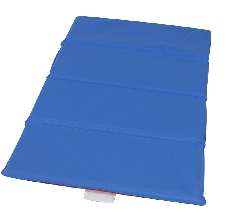 "The Children's Factory 1"" Thick Infection Control Mat: 4 Sections, Red/Blue"