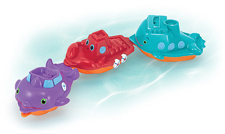Maritime Mates Boat Parade Pool Toy: 1+ Year(s)