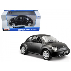 Volkswagen New Beetle Matt Black 1/25 Diecast Model Car by Maisto