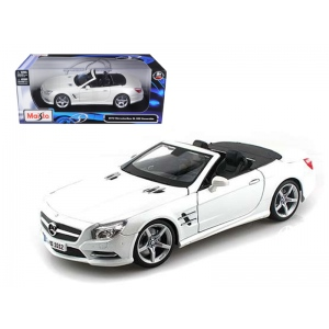 2012 Mercedes SL 500 Convertible Pearl White 1/18 Diecast Model Car by Maisto
