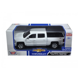 2017 Chevrolet Silverado 1500 LT Z71 Crew Cab White 1/24 Diecast Model Car by Motormax