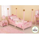 Kidkraft Princess Toddler Bed: Low enough to the ground to allow easy access for kids
