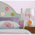 RoomMates 3D Gerber Daisies Wall Decals