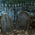 Forum Novelties Graveyard Fence (2 count)