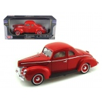 1940 Ford Deluxe Red 1/18 Diecast Model Car by Motormax