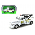 "1953 Chevrolet 3800 Tow Truck White ""Road Service"" 1/24 Diecast Model by Welly"
