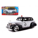1939 Chevrolet Master Deluxe Police 1/24 Diecast Model Car by Jada