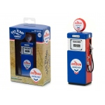 1951 Wayne 505 Chevron Supreme Gasoline Pump Replica Vintage Gas Pump Series 2 1/18 Diecast Model by Greenlight